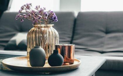 Présentation de couleurs tendances - Noir, doré et cuivre QFORT